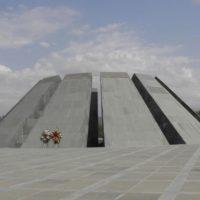Genozid-Gedenkstätte Cicenakaberd, Foto: Gottfried Glaßner OSB