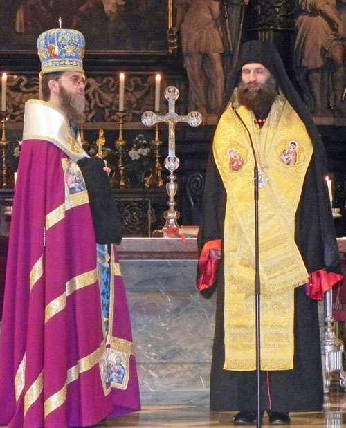 Bischöfe Fülöp und Atanáz – Foto: Claudia Schneider