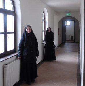 Nonnen in Sajópálfala