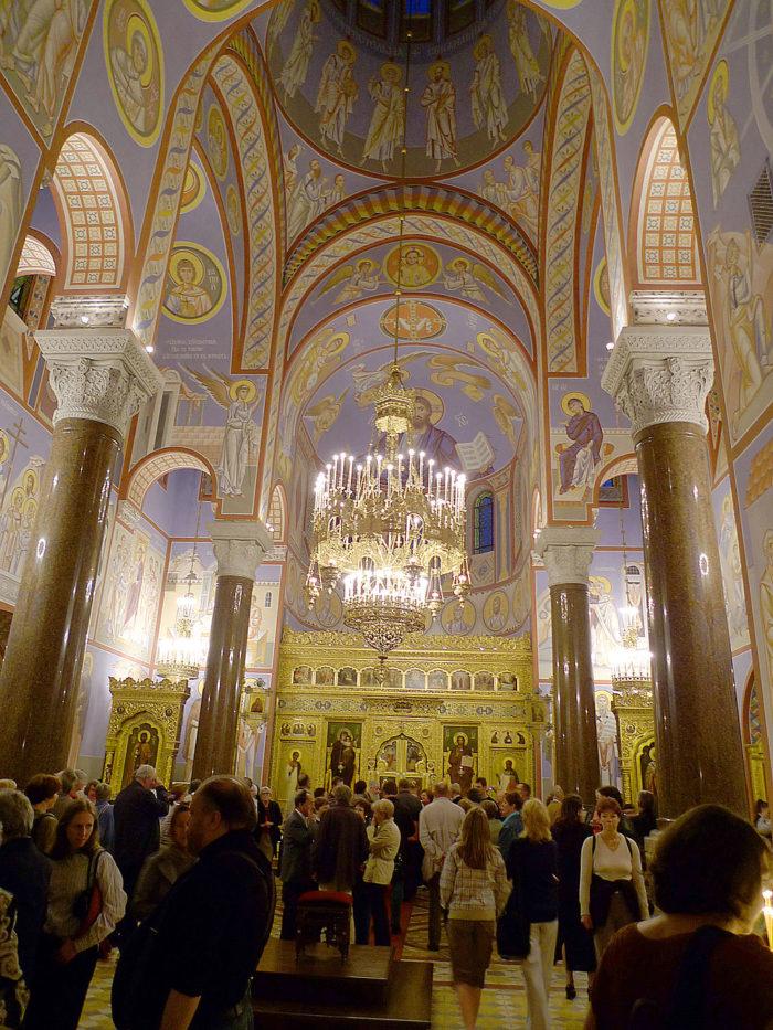 St.-Nikolaus-Kathedrale Wien (Innenansicht)