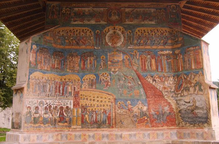 Klosterkirche von Voroneț, Außenwand mit dem Jüngsten Gericht (Wikimedia Commons)