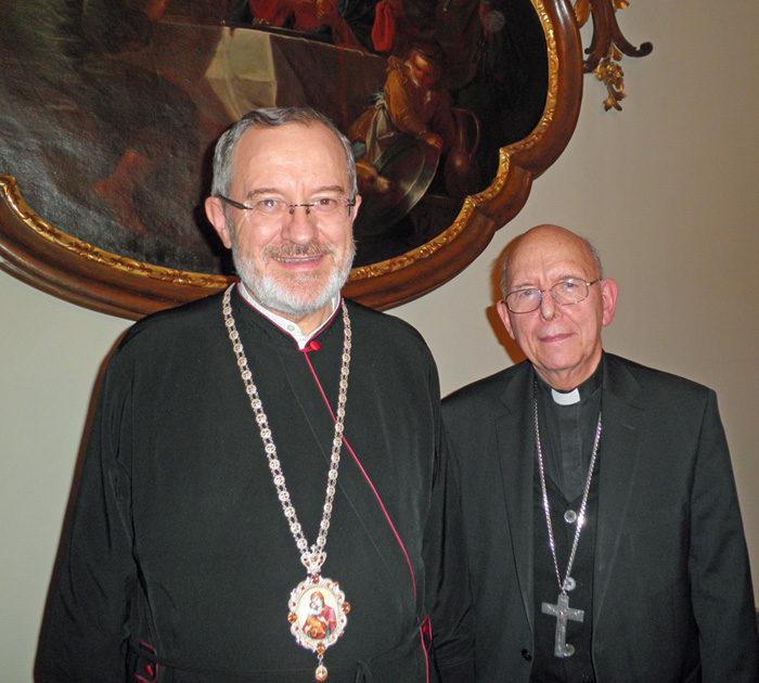 Bischof Milan Šašik und Bischof Klaus Küng