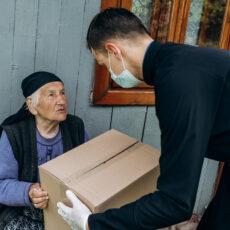 Corona-Pandemie: Hilfsaktion Lebensmittelpakete für bedürftige Familien in der Diözese Ivano-Frankivsk