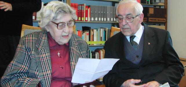 Alja Payer und Prälat Lüftenegger (2002)